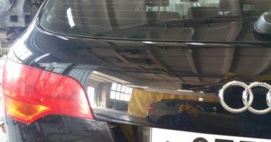Окраска багажника на Ауди Q7